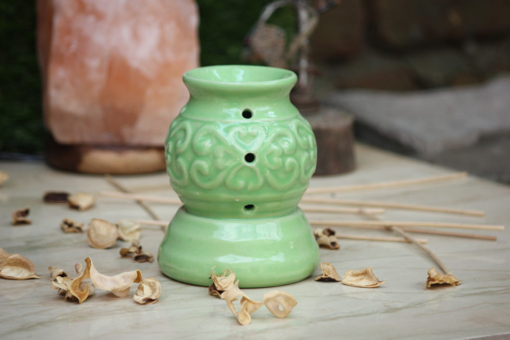 Indian Royal Crafts | Brahmz | Ceramic Electric Aroma Burner