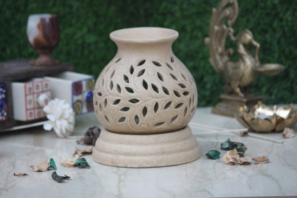 Indian Royal Crafts | Brahmz | Ceramic Electric Aroma Burner