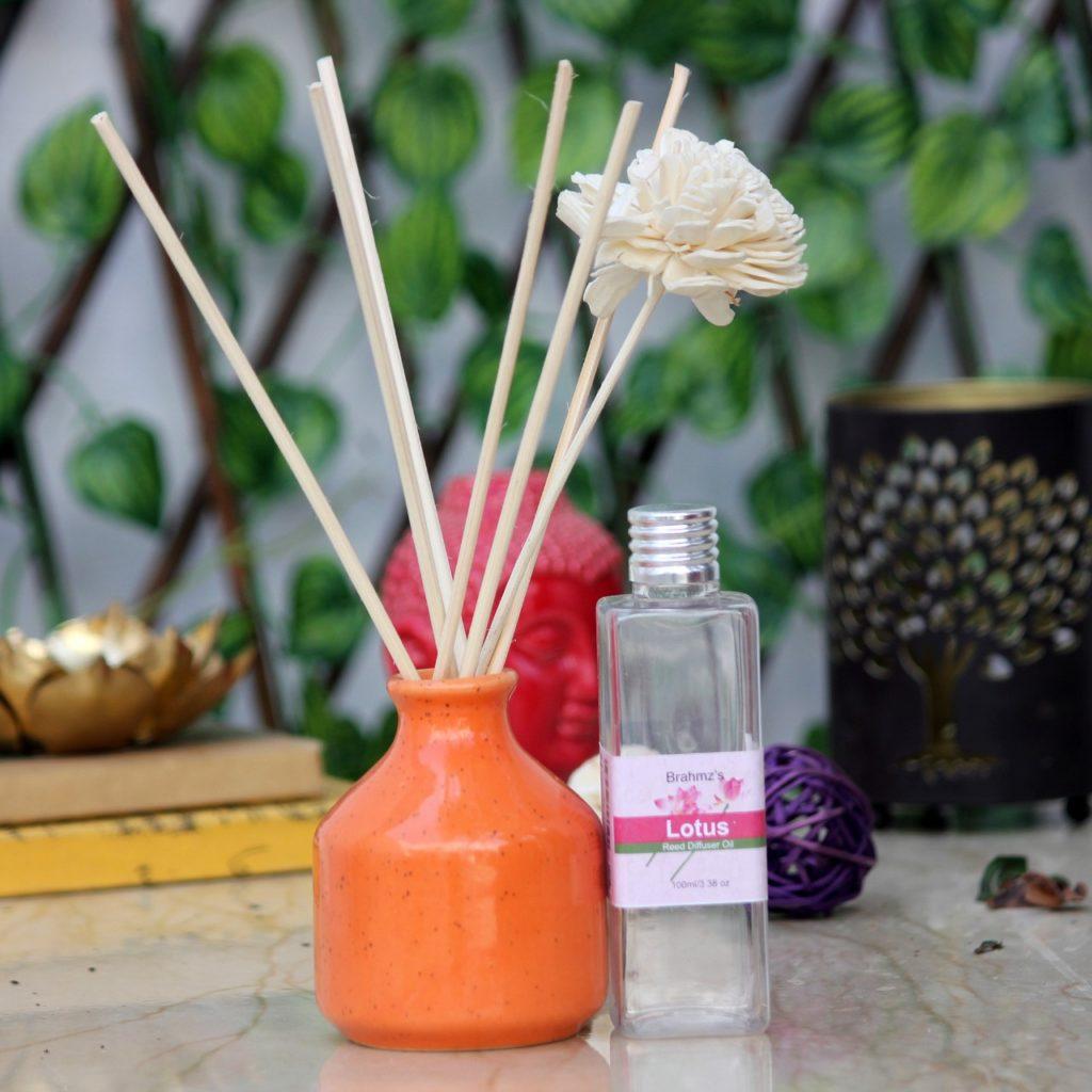 Reed Diffuser Lotus   Indian Royal Crafts   Brahmz