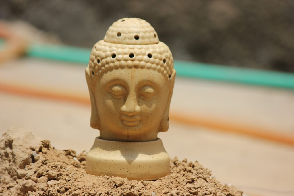 Buddha 7 Inch Beige Ceramic Aroma Oil DIffusers
